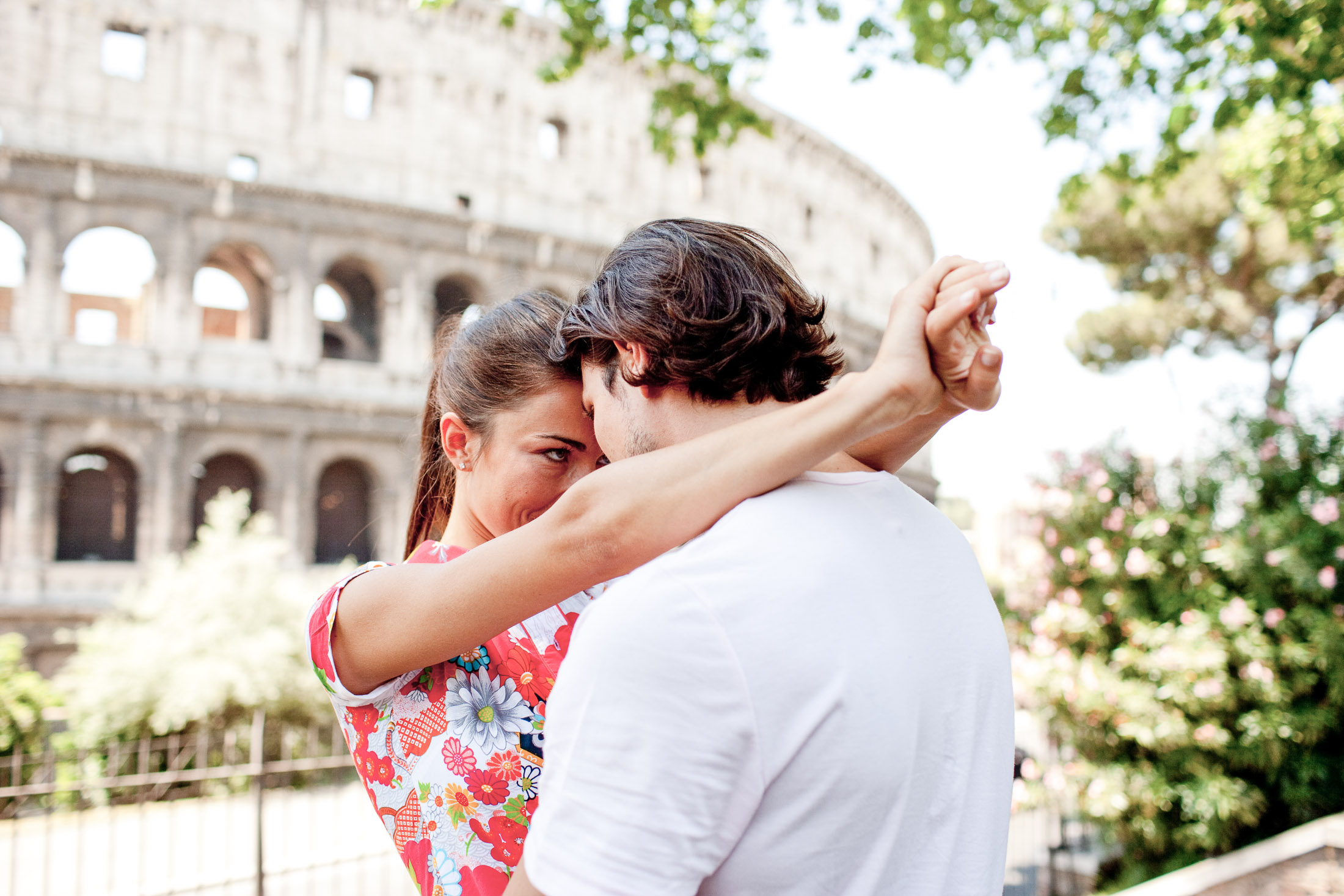 Couple traveling, Rome Italy